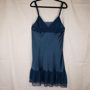 Victoria Secret nighty blue large